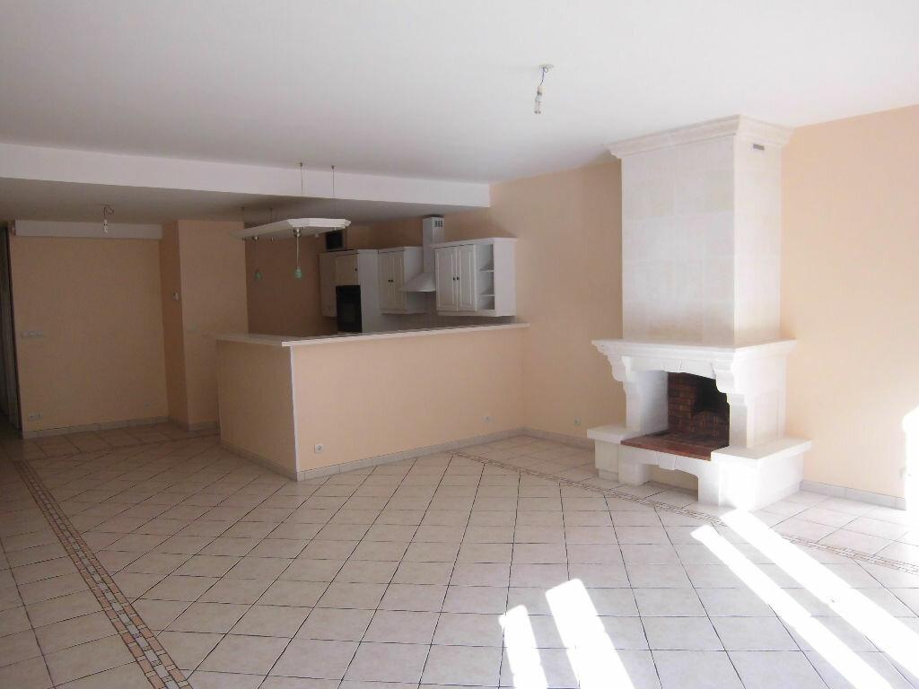 Achat Appartement 4 pièces à Rochefort - vignette-2