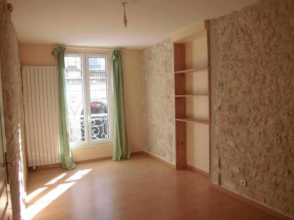 Achat Appartement 4 pièces à Rochefort - vignette-3