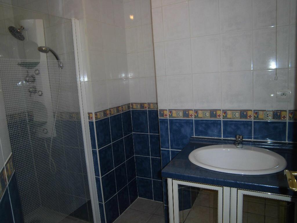 Achat Appartement 4 pièces à Rochefort - vignette-9