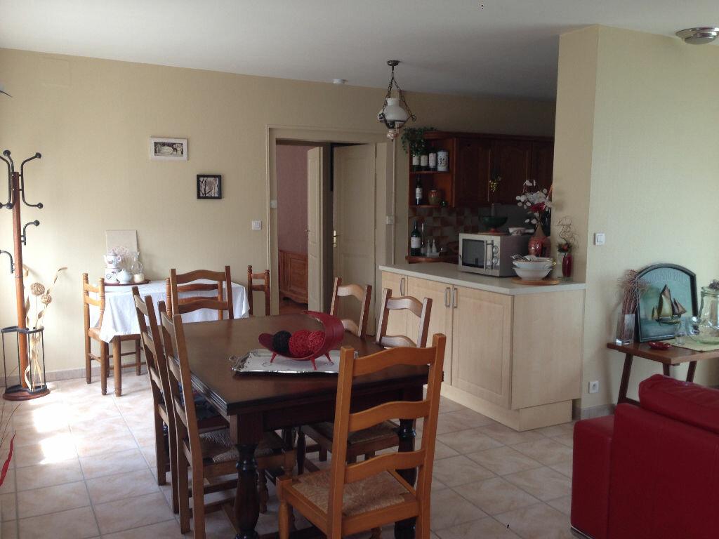 Achat Appartement 3 pièces à Rochefort - vignette-4