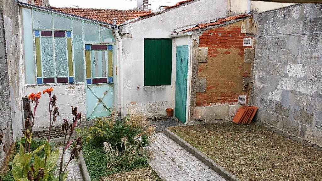 Achat Maison 3 pièces à Rochefort - vignette-2