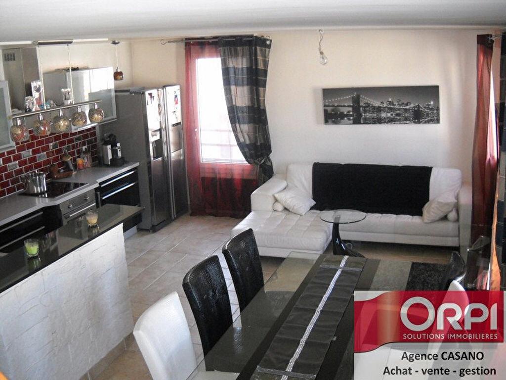 Location Appartement 3 pièces à Sevran - vignette-1