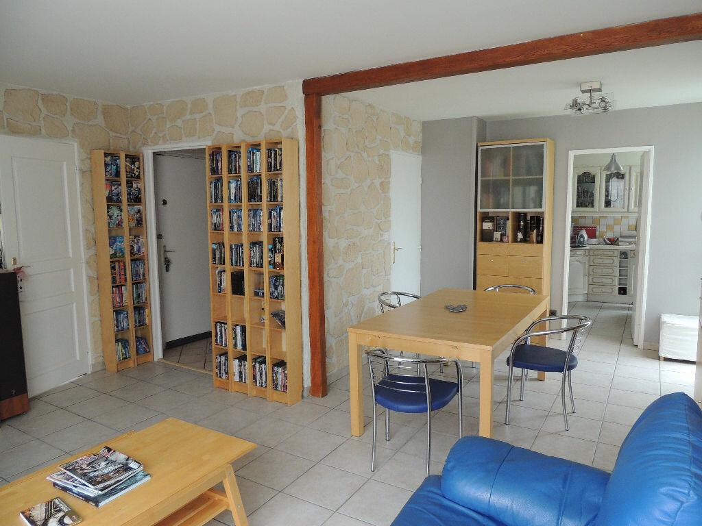 Achat Appartement 4 pièces à Livry-Gargan - vignette-3