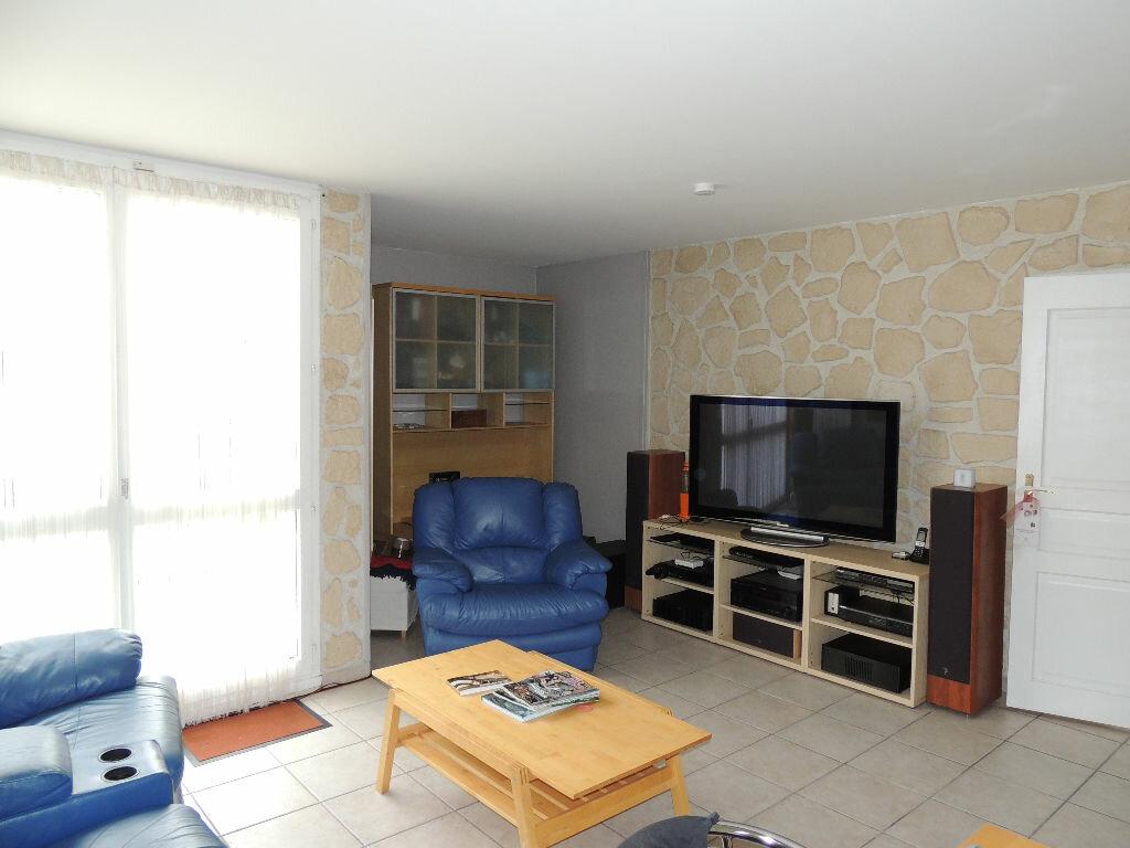 Achat Appartement 4 pièces à Livry-Gargan - vignette-4