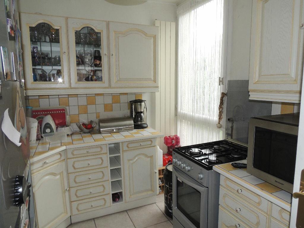 Achat Appartement 4 pièces à Livry-Gargan - vignette-5
