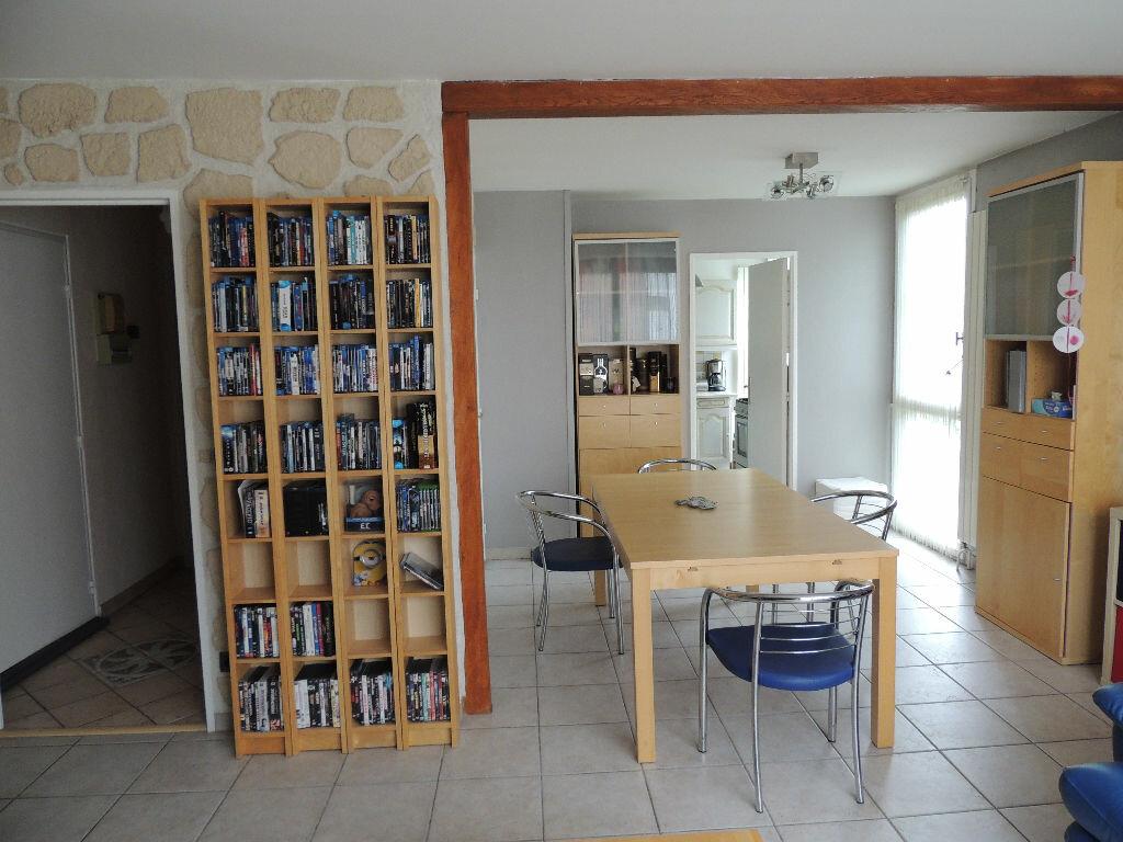 Achat Appartement 4 pièces à Livry-Gargan - vignette-7