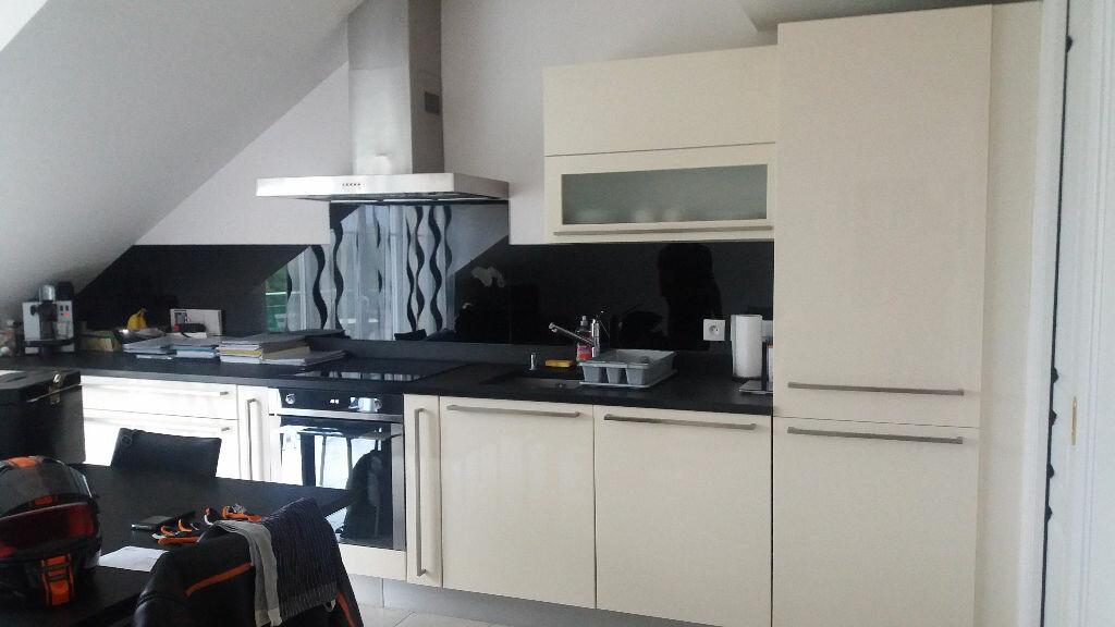 Location Appartement 3 pièces à Chênex - vignette-1