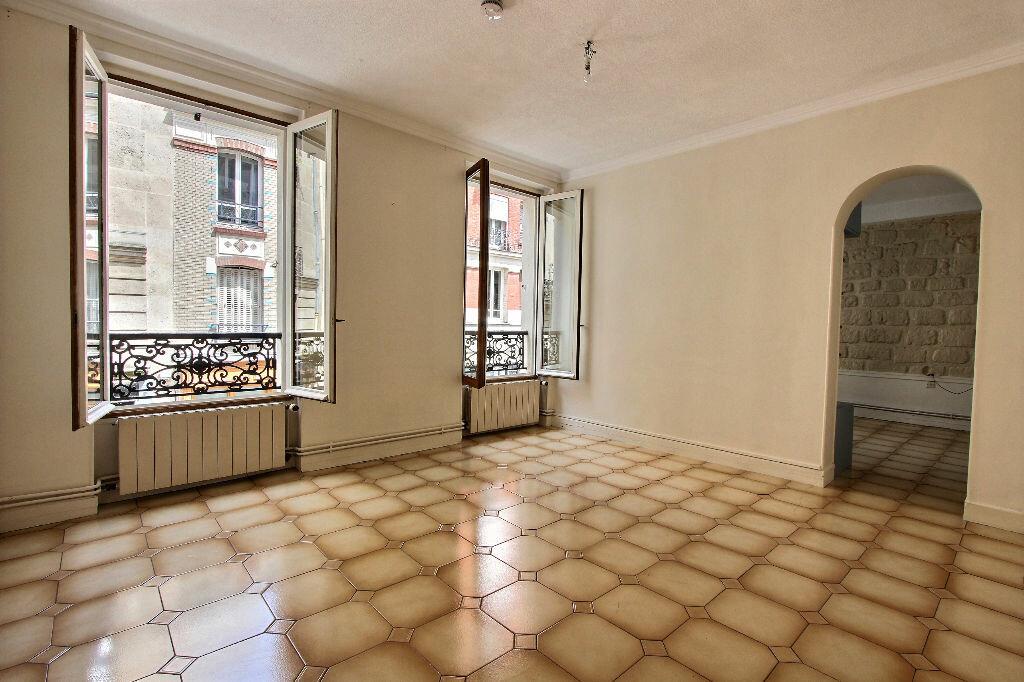 Achat Appartement 3 pièces à Paris 20 - vignette-2
