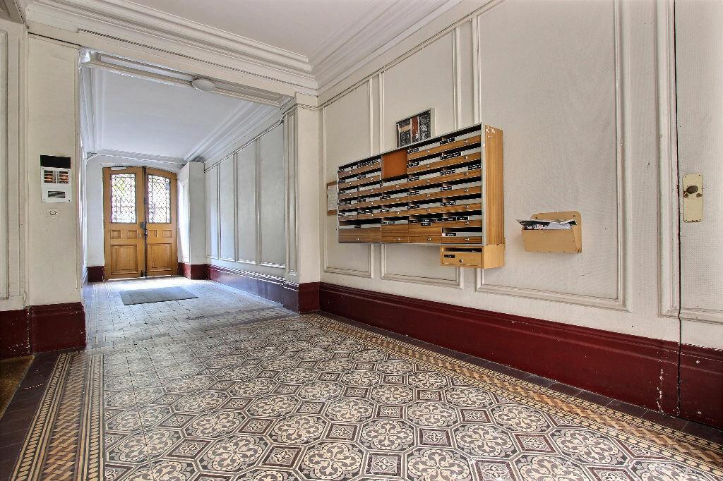 Achat Appartement 3 pièces à Paris 11 - vignette-6