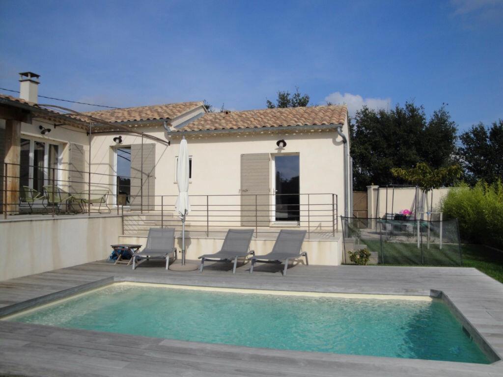 Achat Maison 7 pièces à Rochefort-du-Gard - vignette-1