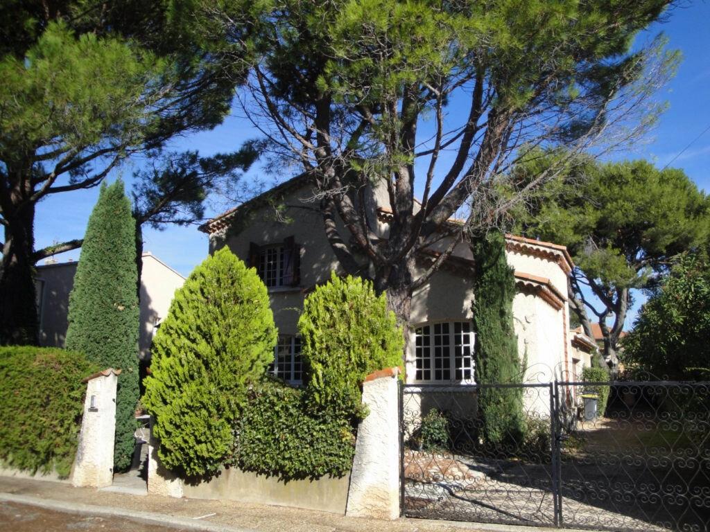 Achat Maison 6 pièces à Villeneuve-lès-Avignon - vignette-1