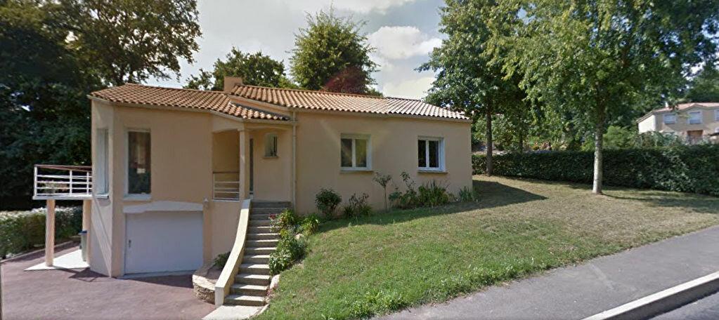 Achat Maison 5 pièces à Mauves-sur-Loire - vignette-1