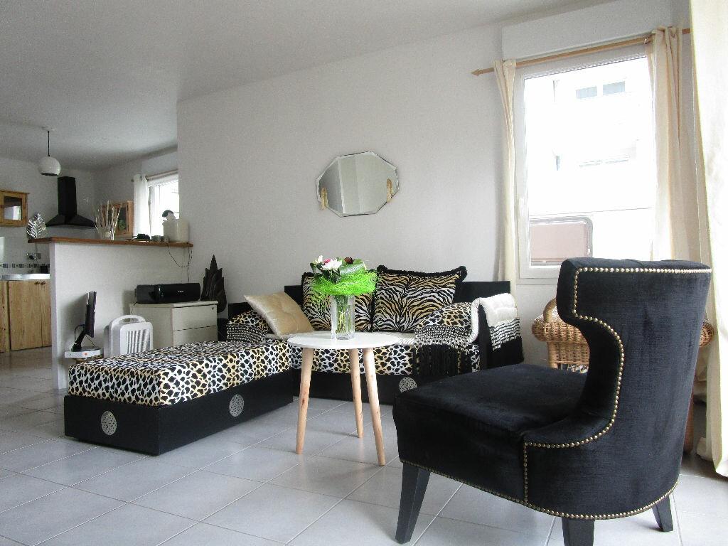 Achat Appartement 3 pièces à Sainte-Luce-sur-Loire - vignette-1