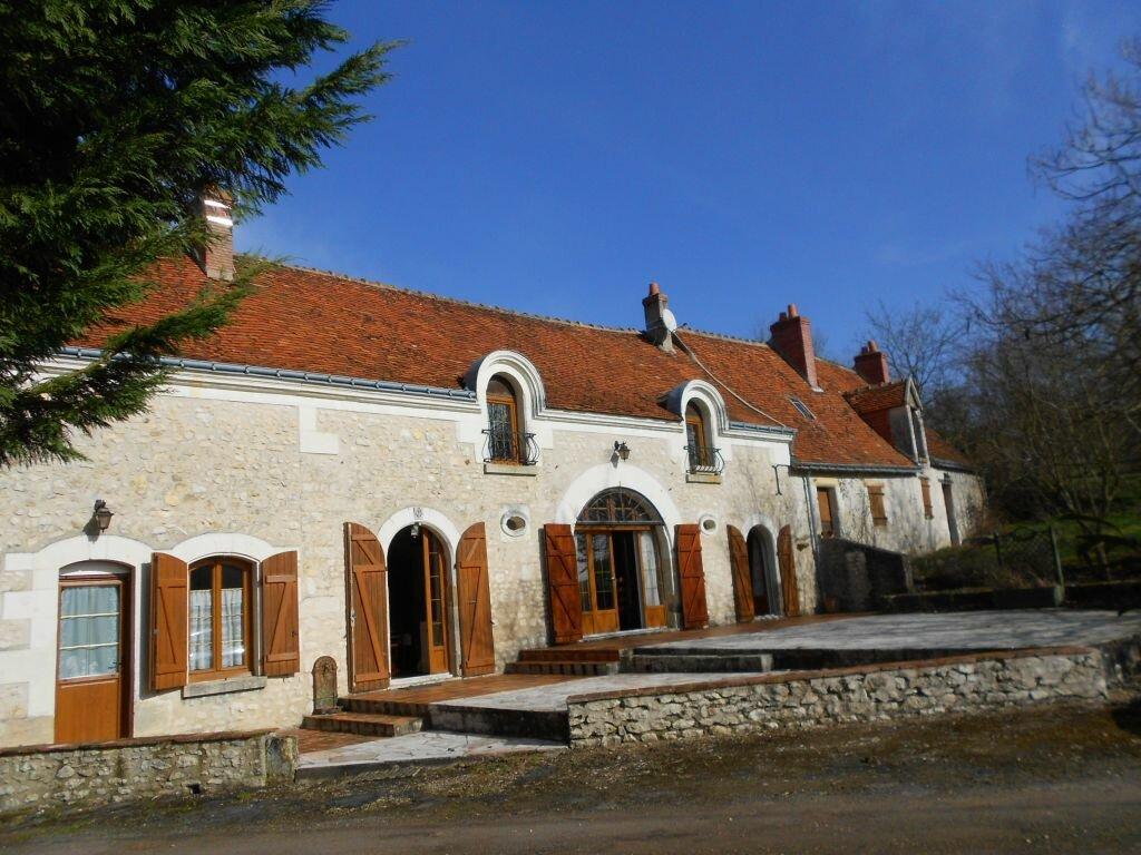 Achat Maison 5 pièces à Saint-Quentin-sur-Indrois - vignette-1