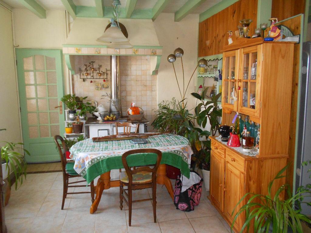 Achat Maison 10 pièces à Épeigné-les-Bois - vignette-9