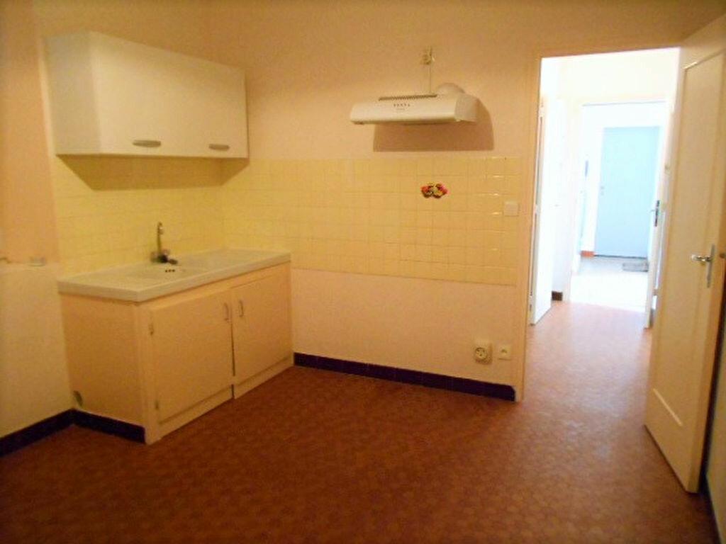 Location Appartement 2 pièces à Montrichard - vignette-2