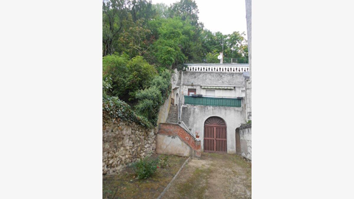 Location Maison 2 pièces à Montrichard - vignette-1