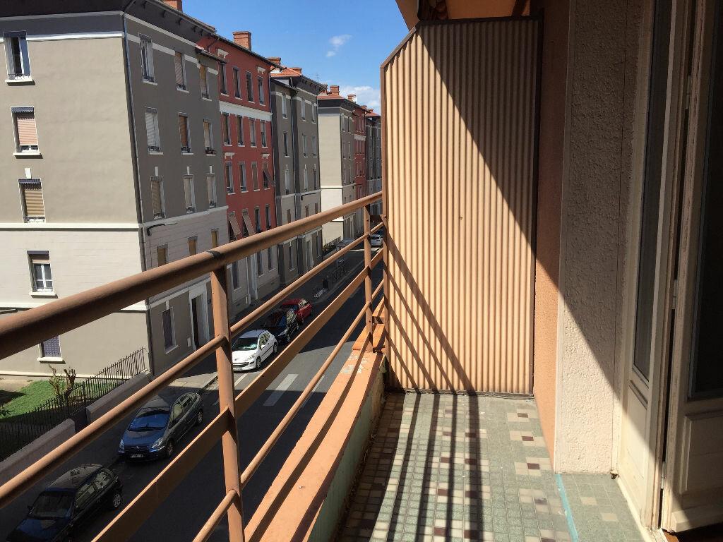 Achat Appartement 3 pièces à Villeurbanne - vignette-2