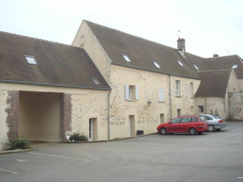 Location Appartement 3 pièces à Mortefontaine - vignette-1