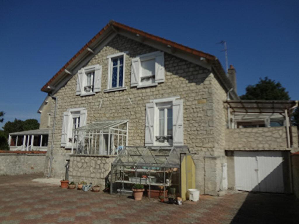Achat Maison 8 pièces à La Chapelle-en-Serval - vignette-1