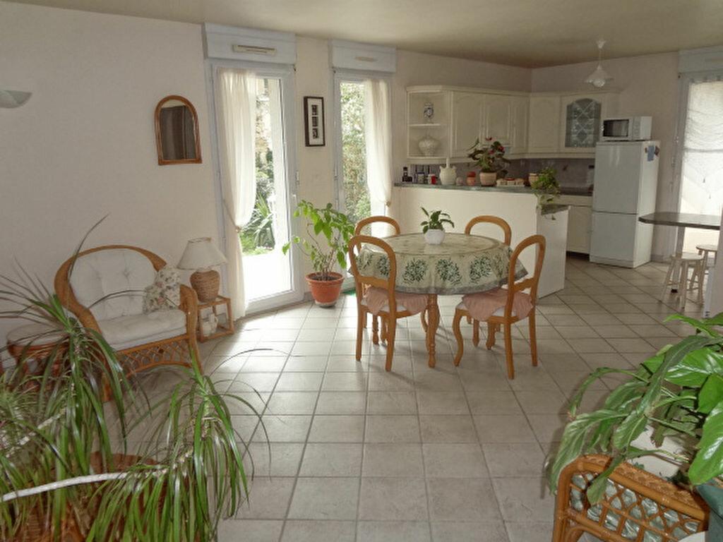 Achat Appartement 3 pièces à La Chapelle-en-Serval - vignette-1
