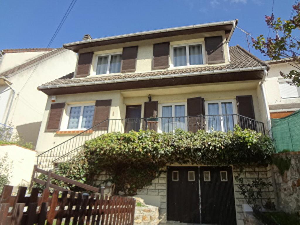 Achat Maison 6 pièces à Marly-la-Ville - vignette-1