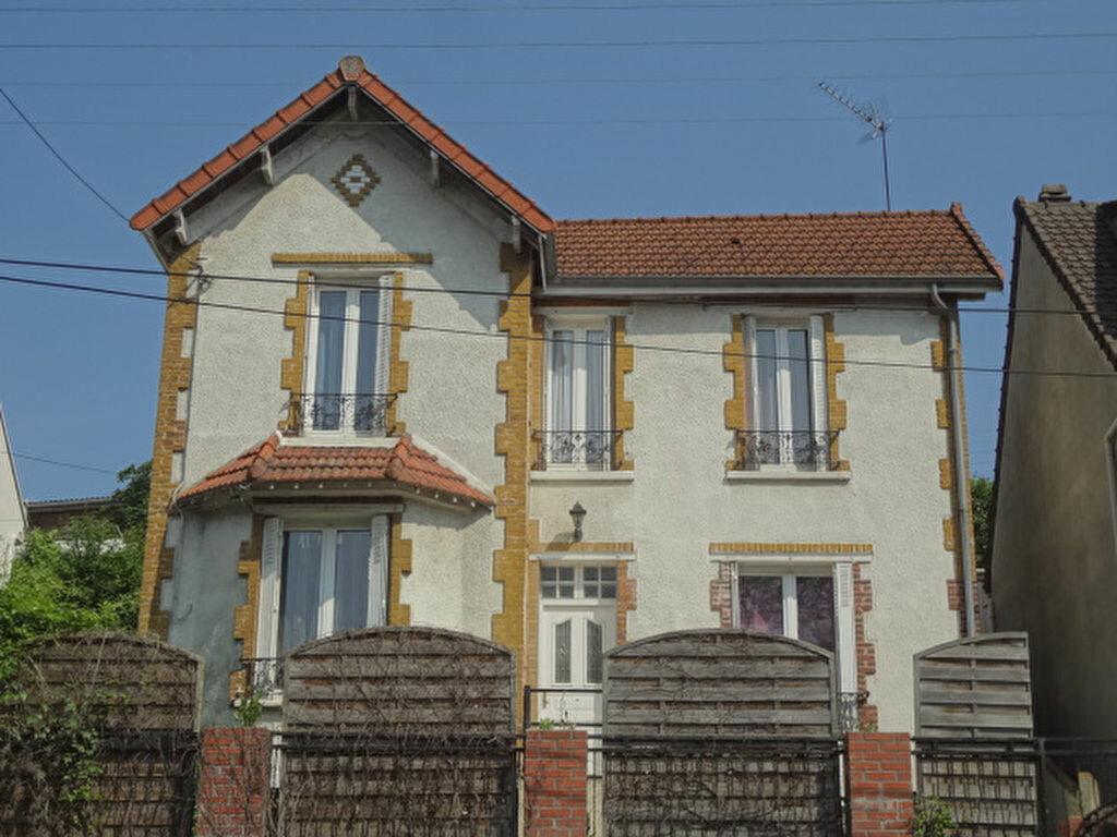 Achat Maison 7 pièces à Marly-la-Ville - vignette-1