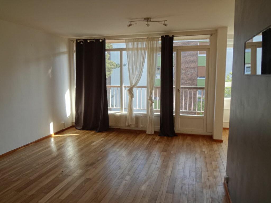 Location Appartement 5 pièces à Survilliers - vignette-1