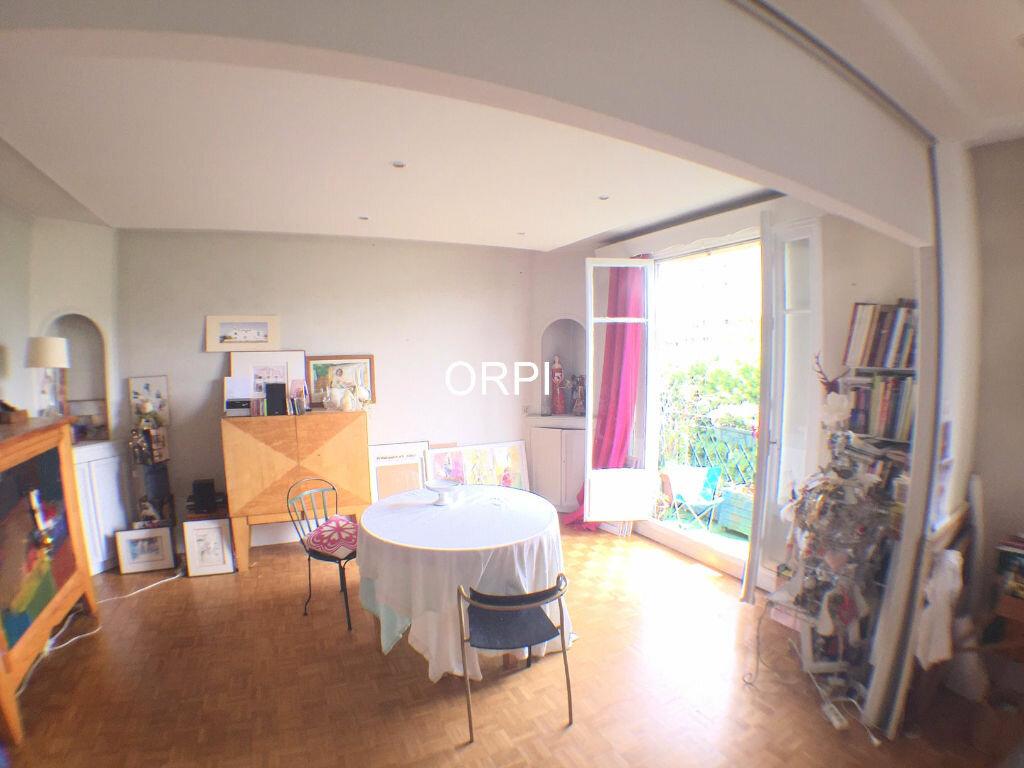 Achat Appartement 3 pièces à Saint-Cloud - vignette-1