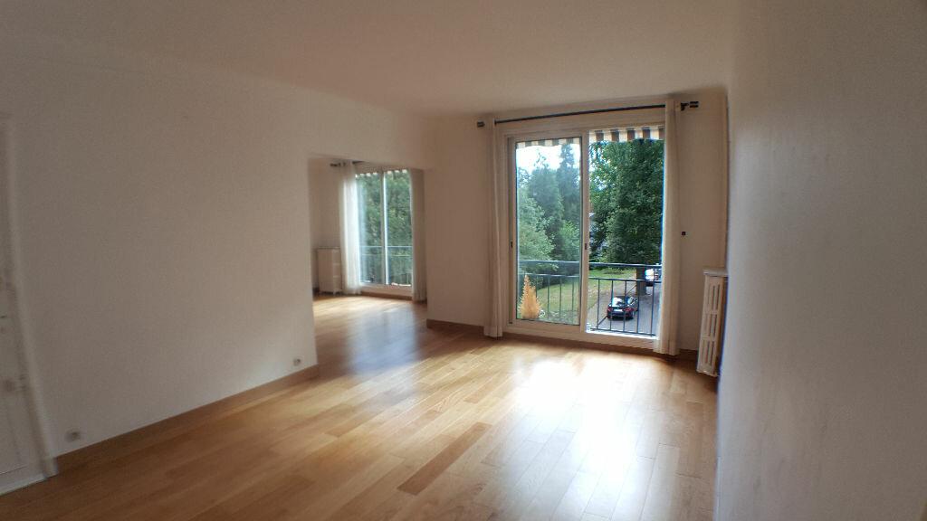 Achat Appartement 5 pièces à Garches - vignette-3
