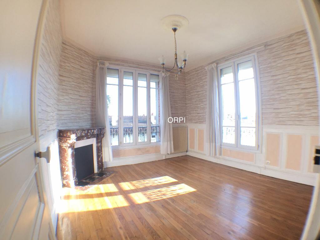 Achat Appartement 3 pièces à Garches - vignette-1
