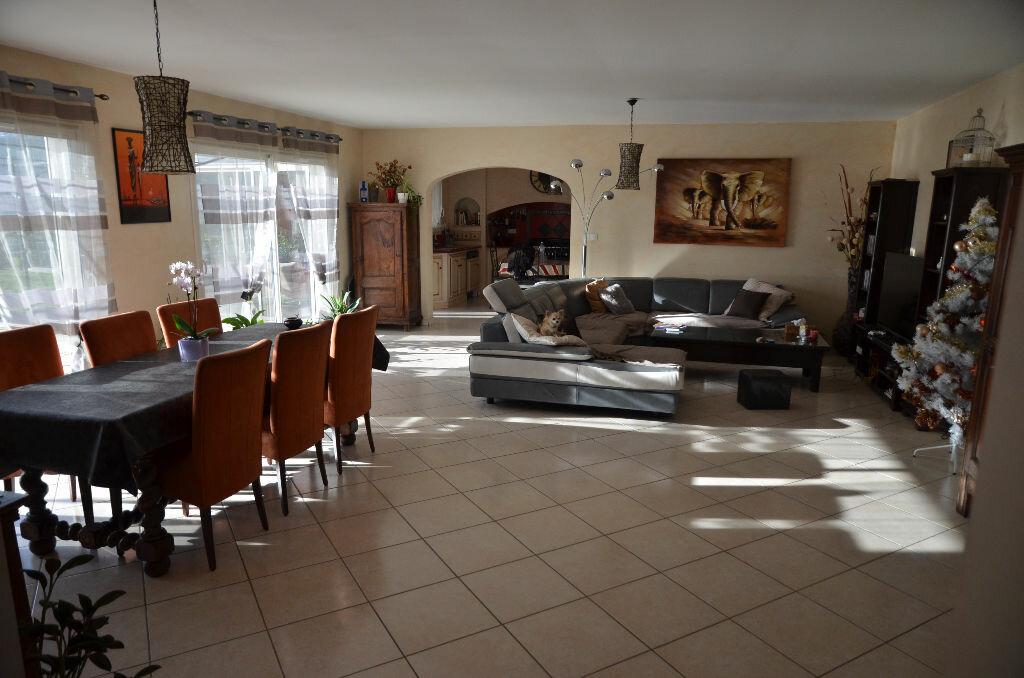 Achat Maison 6 pièces à Sonnac-sur-l'Hers - vignette-3