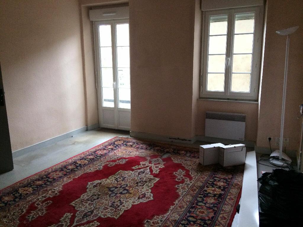 Achat Appartement 3 pièces à Foix - vignette-3