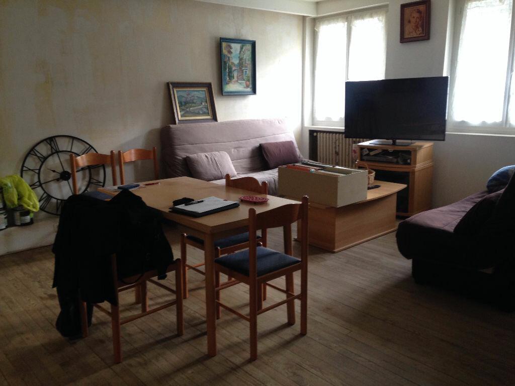 Achat Appartement 3 pièces à Foix - vignette-4