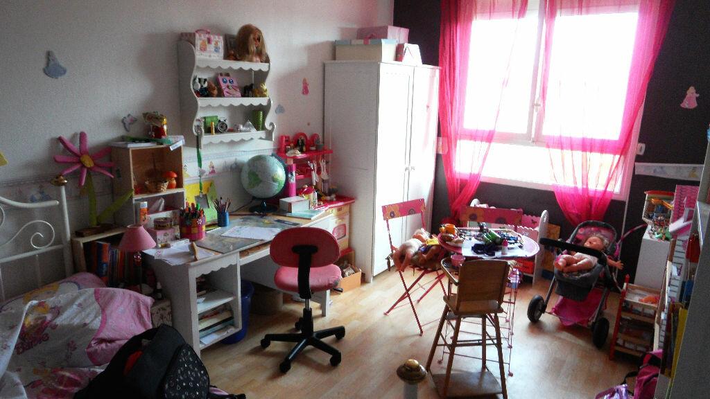 Achat Appartement 3 pièces à Mérignac - vignette-2