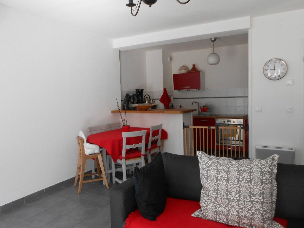 Achat Appartement 3 pièces à Le Haillan - vignette-1