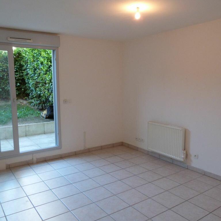 Achat Appartement 1 pièce à Saint-Fons - vignette-1