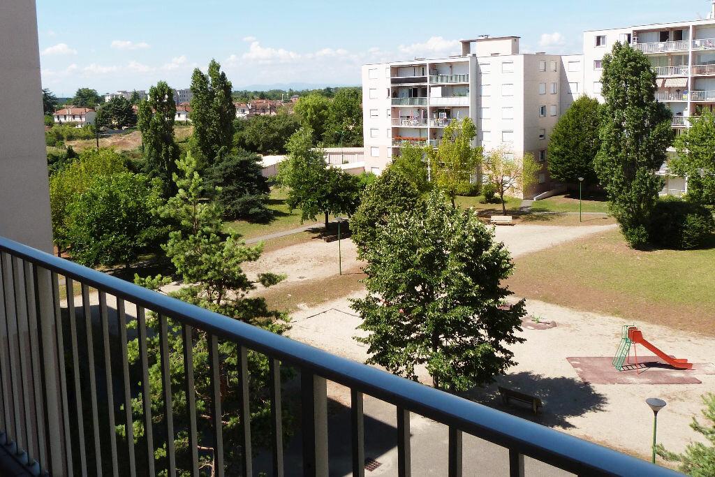 Achat Appartement 4 pièces à Saint-Maurice-de-Beynost - vignette-1