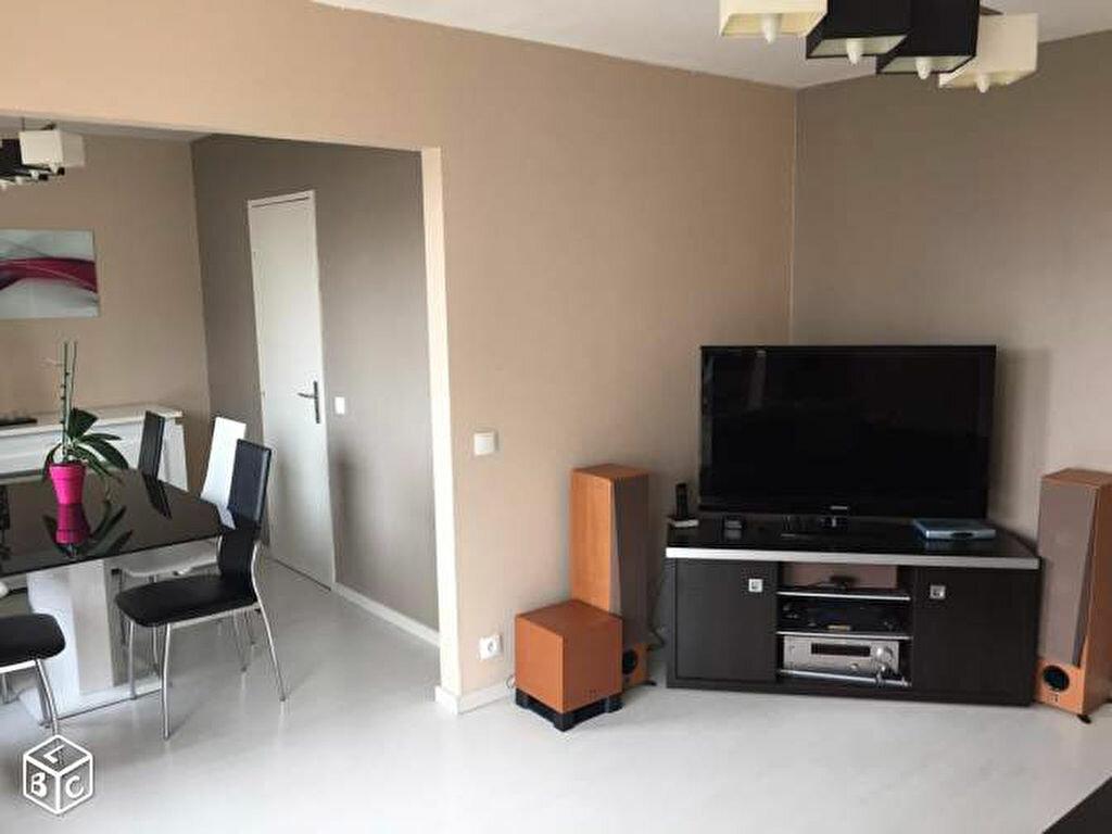 Achat Appartement 5 pièces à Saint-Maurice-de-Beynost - vignette-3