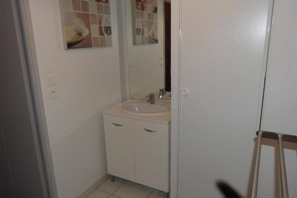 Achat Appartement 3 pièces à Mions - vignette-6
