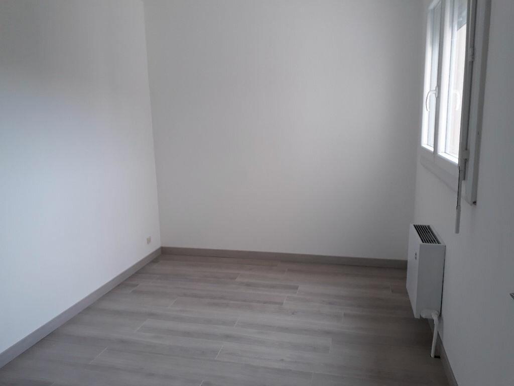 Achat Appartement 5 pièces à Saint-Maurice-de-Beynost - vignette-4