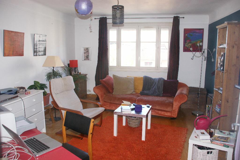 Achat Appartement 4 pièces à Vandoeuvre-lès-Nancy - vignette-1