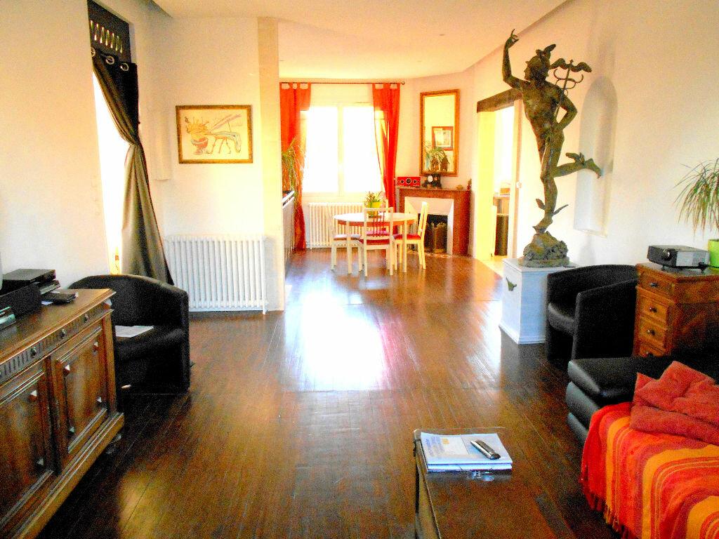 Achat Maison 8 pièces à Mérignac - vignette-1