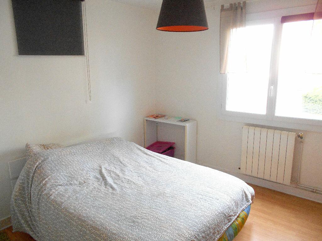 Achat Appartement 4 pièces à Mérignac - vignette-3