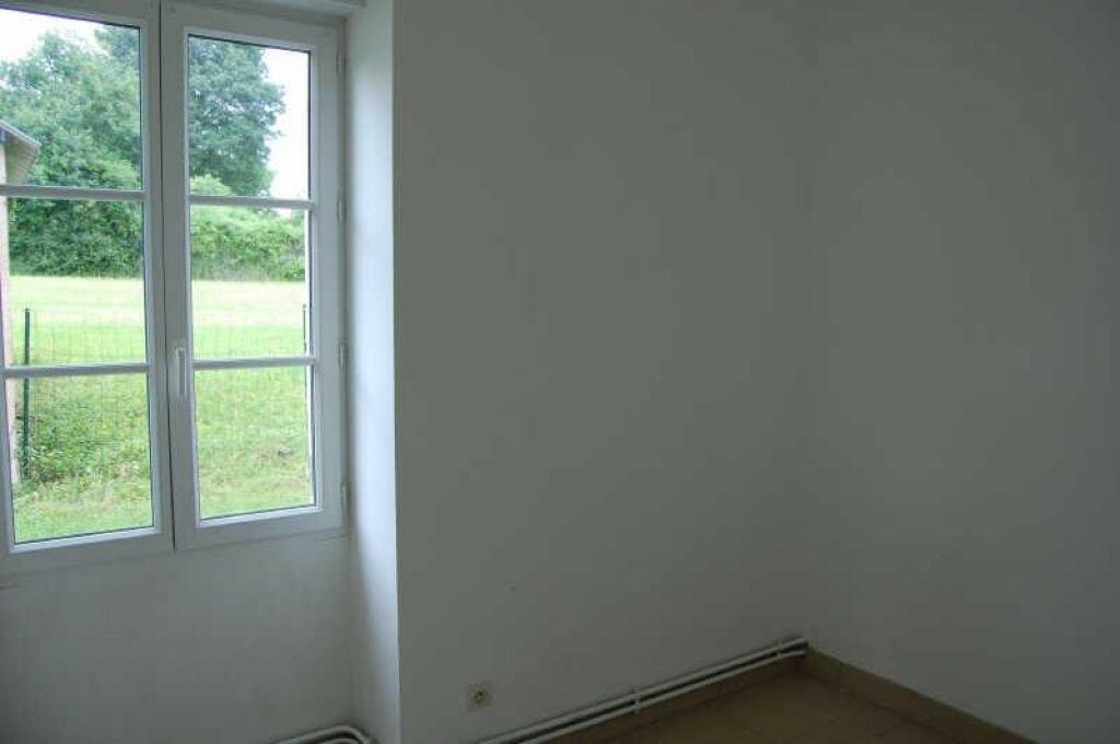 Location Maison 5 pièces à Veaugues - vignette-6