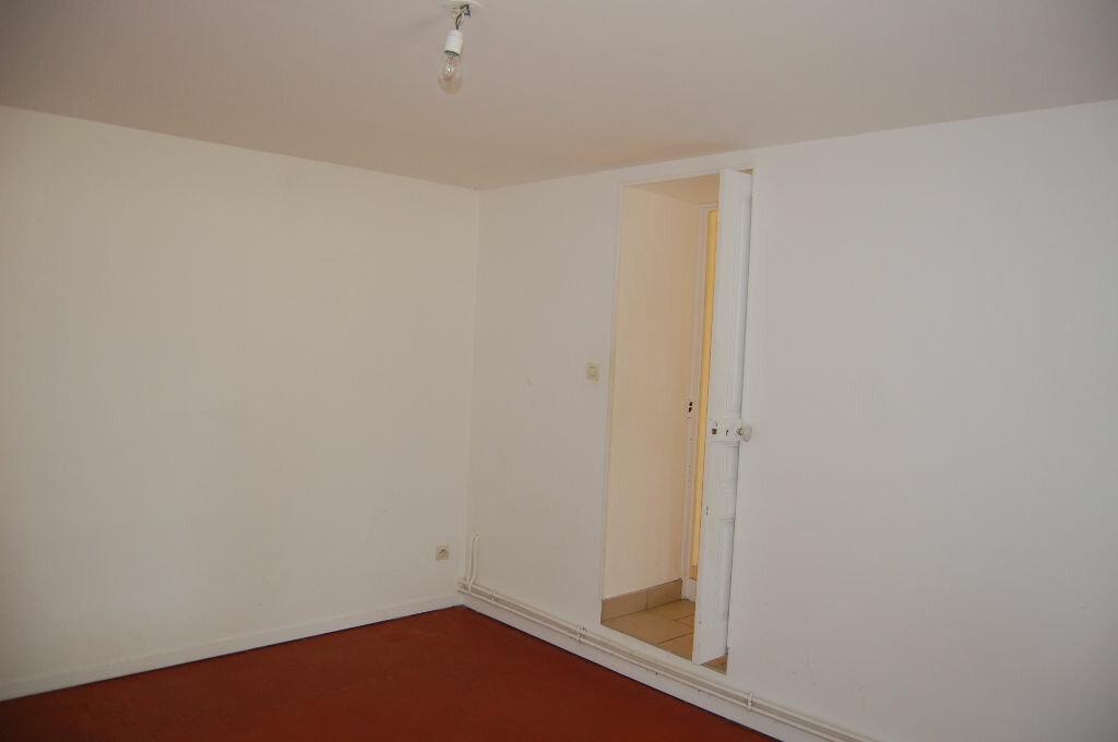 Location Maison 5 pièces à Veaugues - vignette-9
