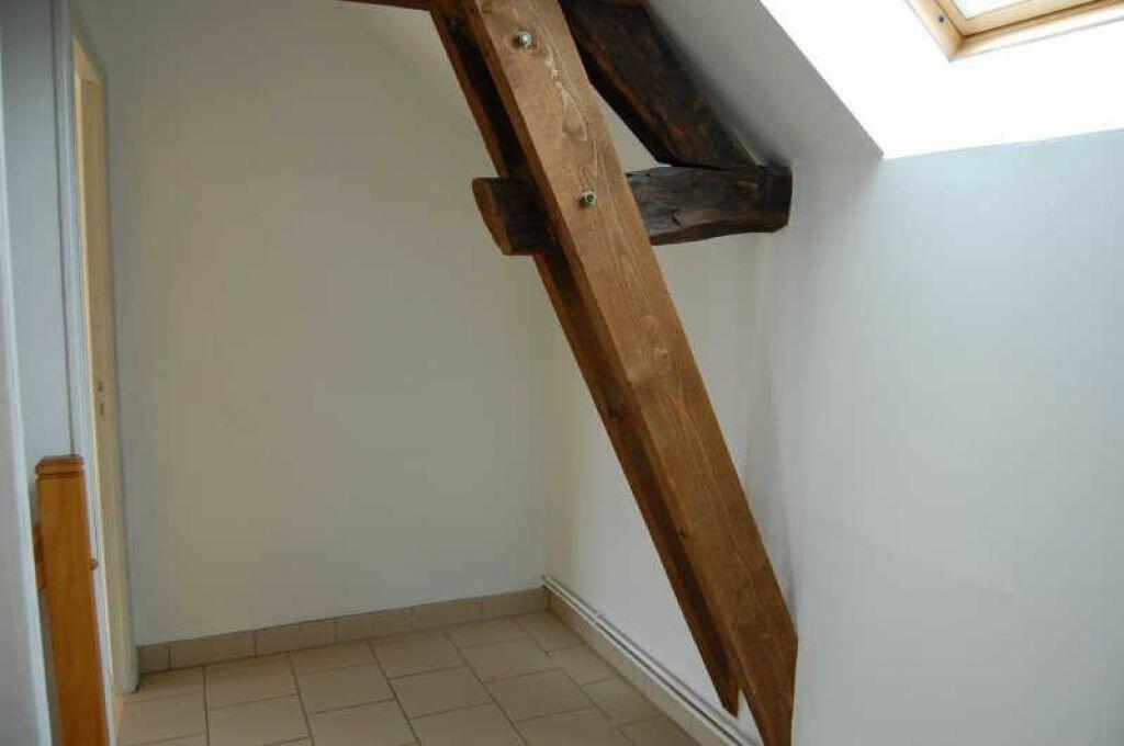 Location Maison 5 pièces à Veaugues - vignette-10
