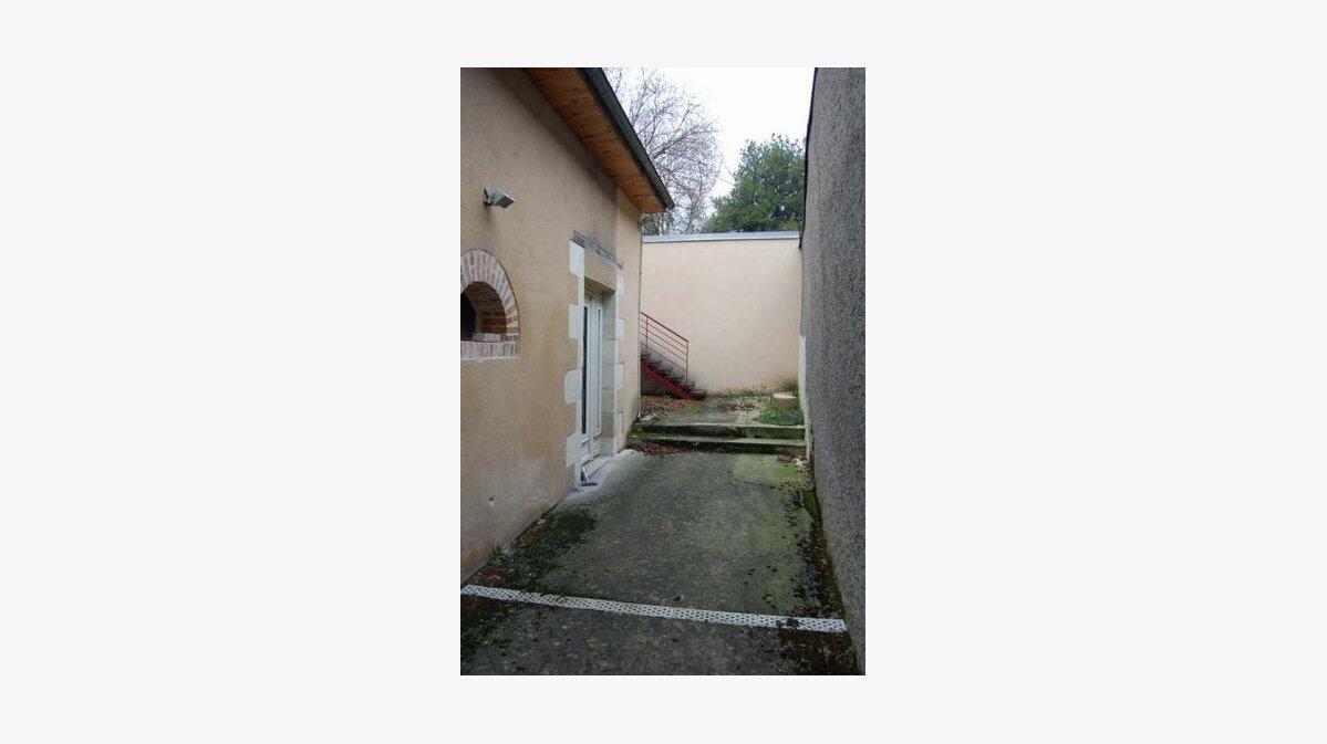 Location Bureaux  à Saint-Satur - vignette-7