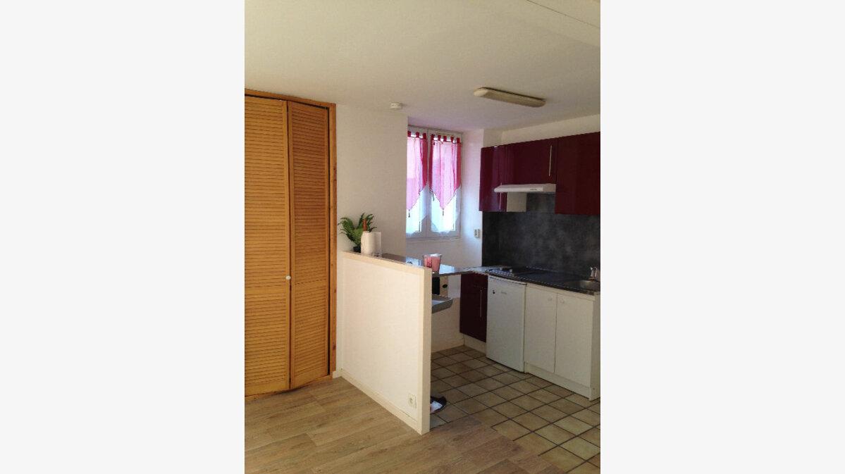 Location Appartement 1 pièce à Varreddes - vignette-1