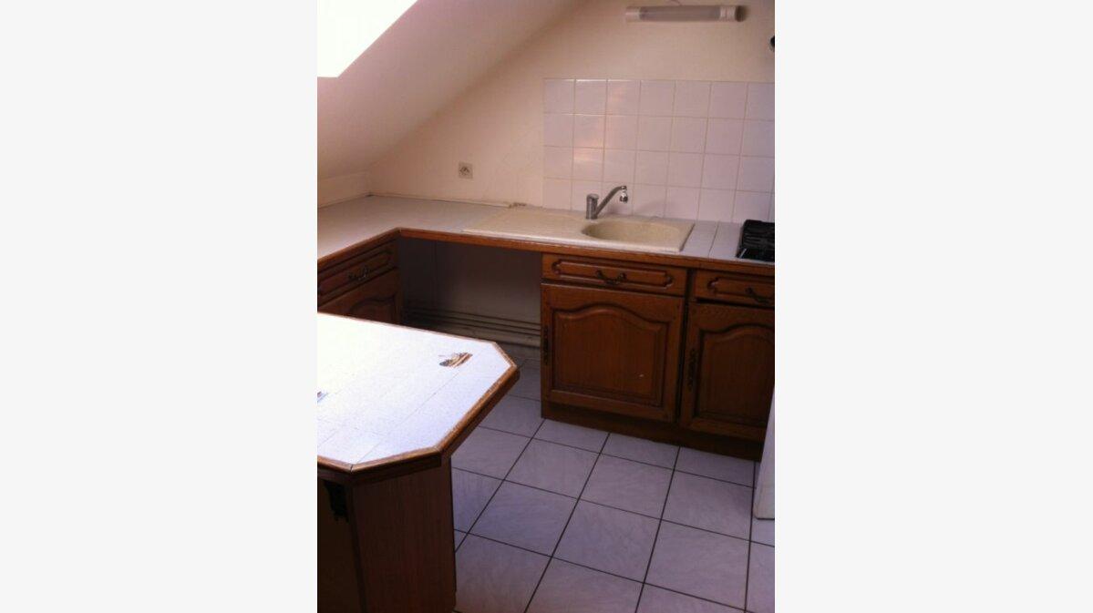 Location Appartement 4 pièces à Noyon - vignette-2
